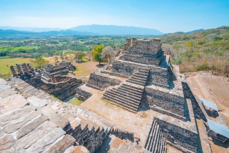 Vue aérienne du temple de Tonina