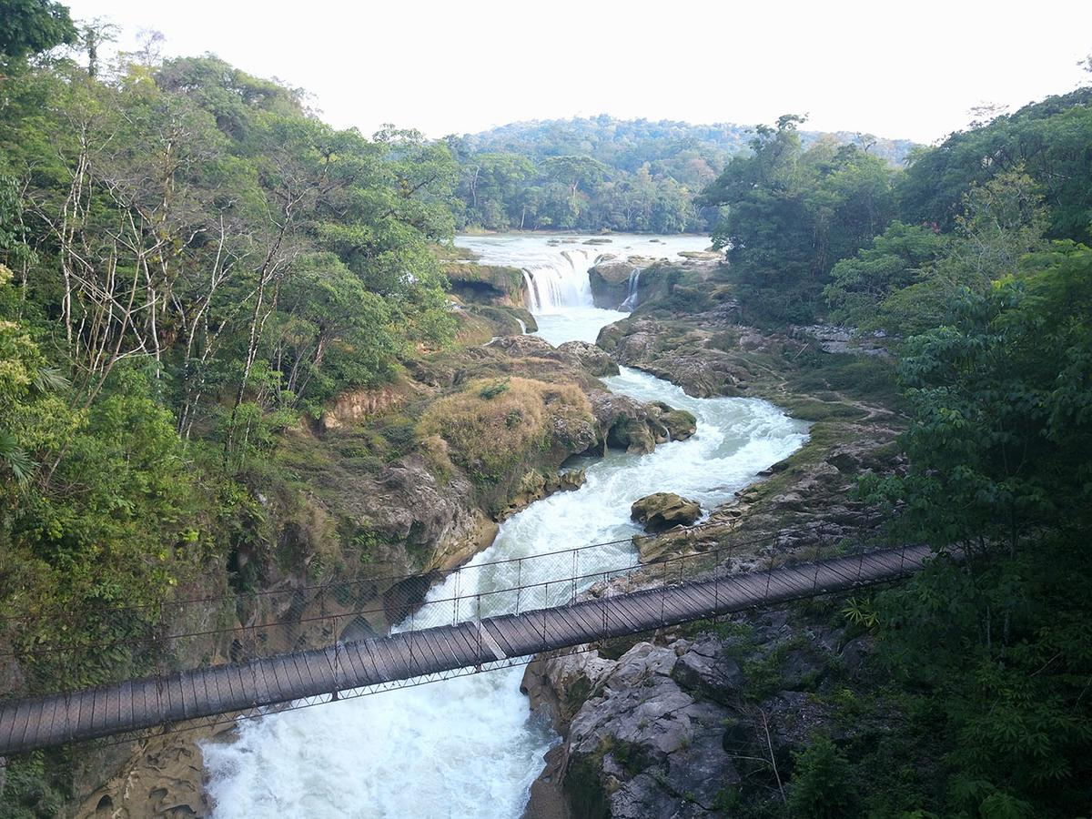 Vue sur les cascades de Las Golondrinas