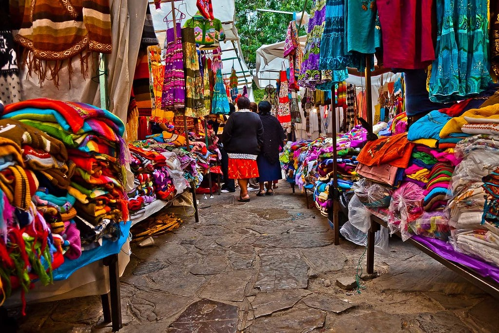 Vue sur le mercado de Dulces y artisanias de San Cristobal