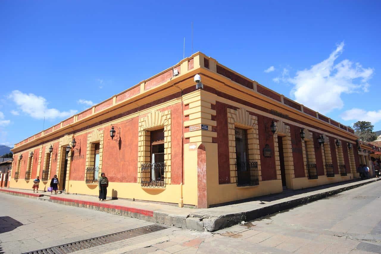 Vue de l'extérieur de l'hôtel Casa Mexicana