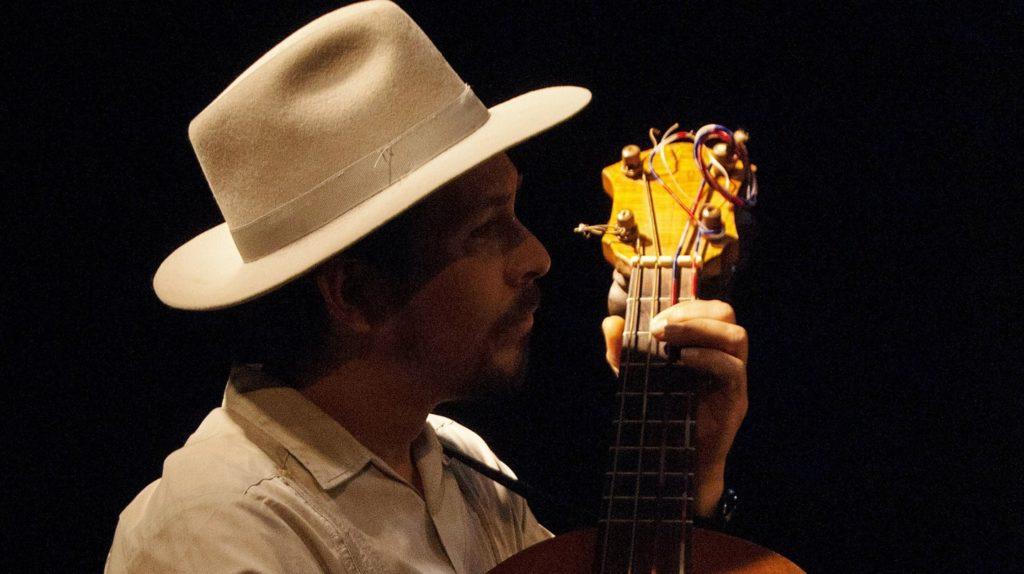 Guitariste Roms au Mexique