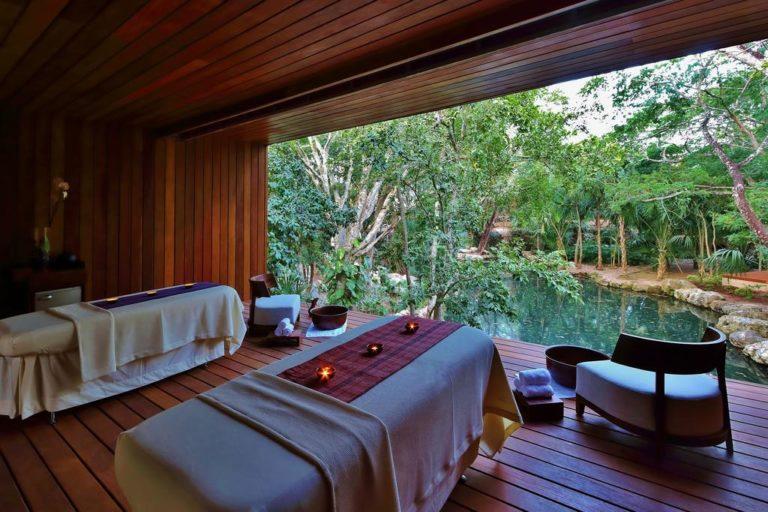 Vue sur l'hôtel Chablé Yucatán et sa piscine